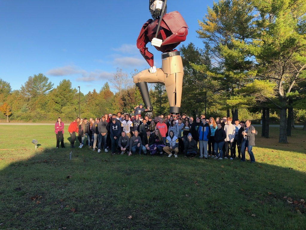 Alcona Schools recently took 60 junior and senior students to ACC for their open house event. Students had the opportunity to learn more about degree programs and career and technical education certificates available at the college. Thank you to ACC for sponsoring this visit!