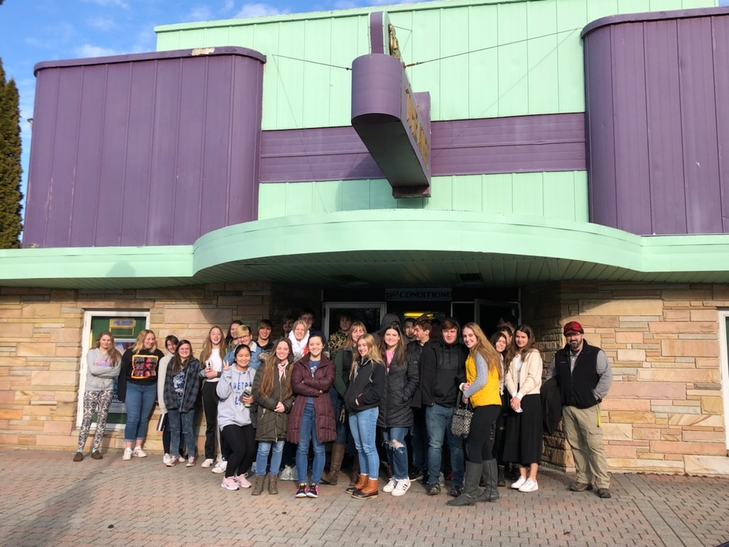 Congratulations to the senior class on winning the 1st quarter class competition! Seniors enjoyed their reward trip to see Star Wars: The Rise of Skywalker.
