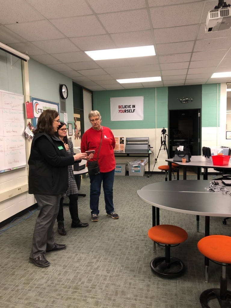 Alcona staff members recently toured the 9 CTE programs at Alpena High School. Did you know Alcona students can take CTE classes at APS? During the tour staff practiced taking a radial pulse in the health care lab, flying a drone in the business & technology lab, and more.